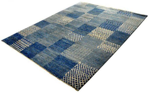 46854-Checkers-Boxes-diagonaal