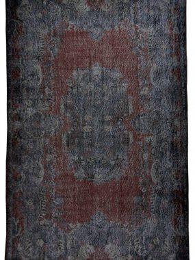 Vintage zwart en paars wollen tapijt Adana. Onze vloerkledenwinkels: Doetinchem Tilburg Den Bosch Didam en Enschede
