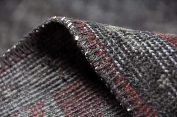 Adana-zwart-paars-41111-detail-zijkant