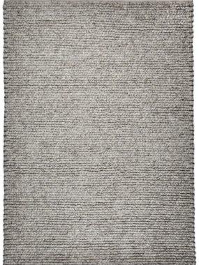 Met grove structuur geweven wollen tapijt Havana in wit en grijs. Voelt zacht aan en is te koop in Tilburg Eindhoven en Breda.