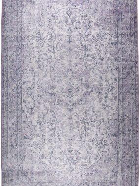 Novum karpet in de kleuren grijs en paars met vintagelook. Geschikt voor woonkamer of eetkamer. Verkrijgbaar in Tilburg Breda en Den Haag