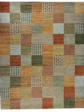 Wollen tapijt / vloerkleed Shalimar Patch. Beige en groen dessin en past in modern of klassiek interieur. Verkrijgbaar oa in Leiden