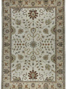 Uniek vloerkleed, tapijt of karpet Ziegler. Past in elk interieur. Verkrijgbaar in de winkels Arnhem Tilburg Wolvega Enschede Voorschoten.