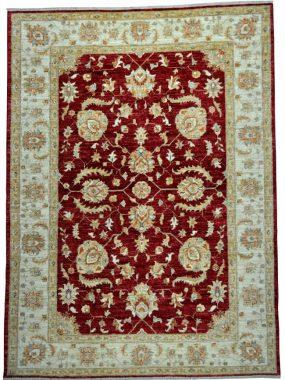 Klassiek vloerkleed, tapijt of karpet Ziegler. Past in elk interieur. Verkrijgbaar in de winkels Didam Tilburg Wolvega Oldenzaal Voorschoten.
