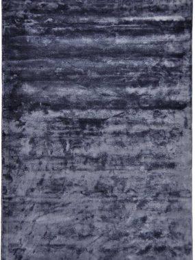 Tapijt Flavia is handgeweven en verkrijgbaar in 3 kleuren. Het karpet is verkrijgbaar bij Perez vloerkleden