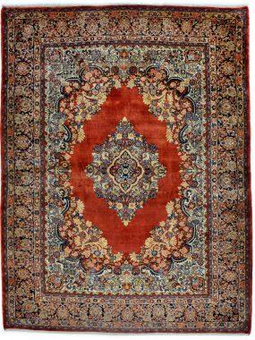antiek sarouck tapijt wat verkrijgbaar is bij Perez vloerkleden in Tilburg