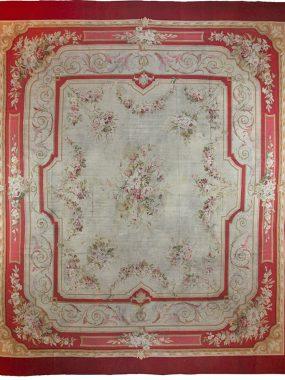 Uniek groot handgeweven tapijt is verkrijgbaar bij Perez vloerkleden in Tilburg