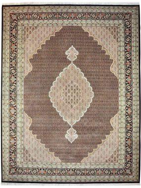 handgeknoopt Tabriz tapijt is verkrijgbaar bij Perez vloerkleden in Tilburg