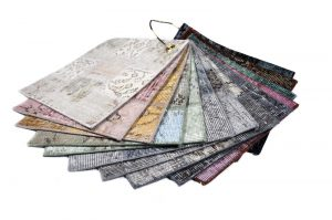 Handgeknoopte wollen vintage Patch vloerkleden zijn verkrijgbaar bij Perez vloerkleden.